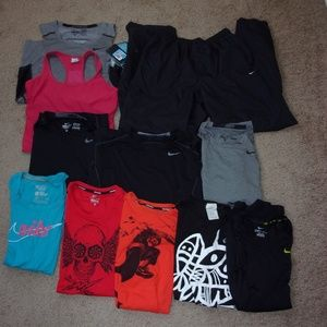 Nike Lot Reseller 11 Items